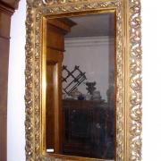 Spiegel im Florentiner Goldstuckrahmen um 1890 52 b 80 h 240 €