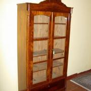 Glasschrank Louis Phillip Mahagoni um 1860 restauriert 97 b40 t 187 h 1400 €